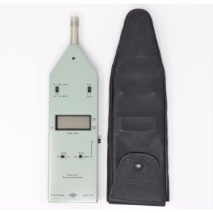 Bruel & Kjaer type 2232 Fonometro di classe 1 Precision sound Level Meter type 1