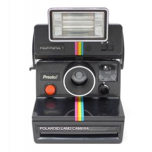 Macchina fotografica Polaroid Presto con flash polatronic 1 instant land camera red button